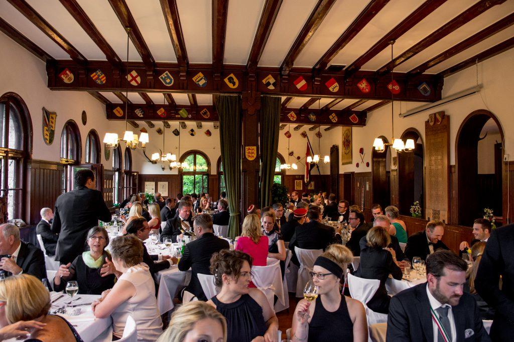 Kneipsaal mit Diner zum 140. Stiftungsfest
